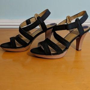 Naturalizer 8.5 high heel sandal black and brown